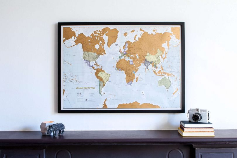 Scratch the World® map print (Pinboard & wood frame - Black)