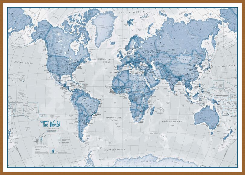 Large The World Is Art - Wall Map Blue (Pinboard & wood frame - Teak)