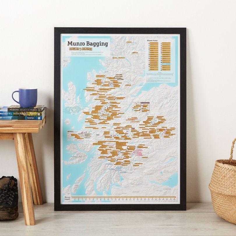 Scratch Off Munro-bagging Print (Pinboard & wood frame - Black)