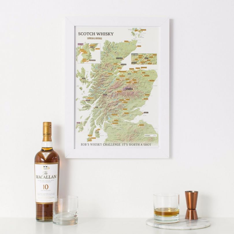 Scratch Off Scotland Whisky Distilleries Print (Pinboard & wood frame - White)