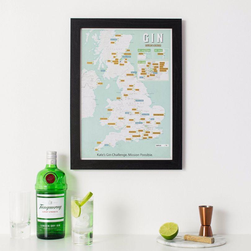 Scratch Off UK Gin Distilleries Print (Pinboard & wood frame - Black)