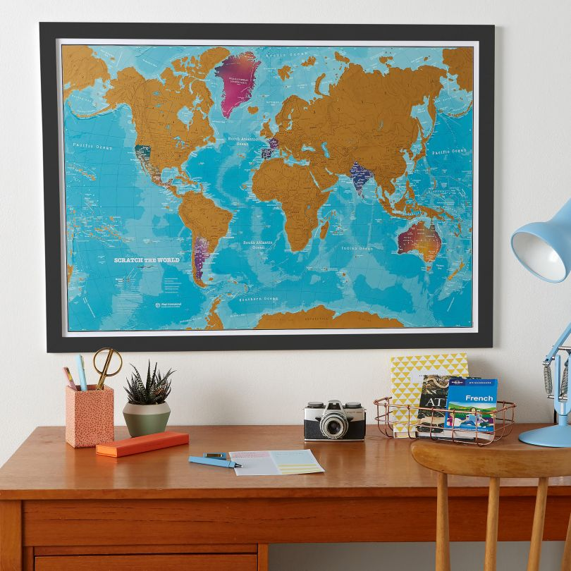 Scratch the World® - Watercolour Edition Map (Pinboard & wood frame - Black)