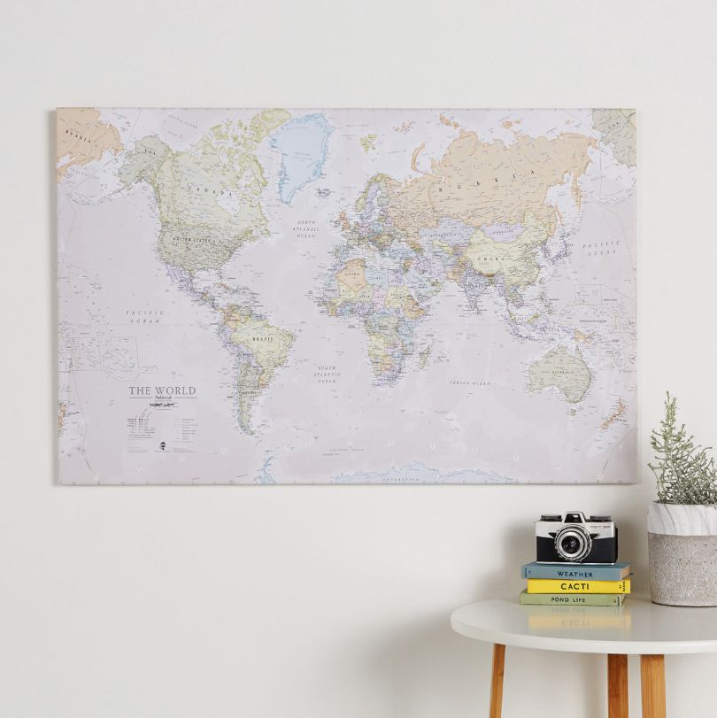 Large Classic World Map (Canvas)